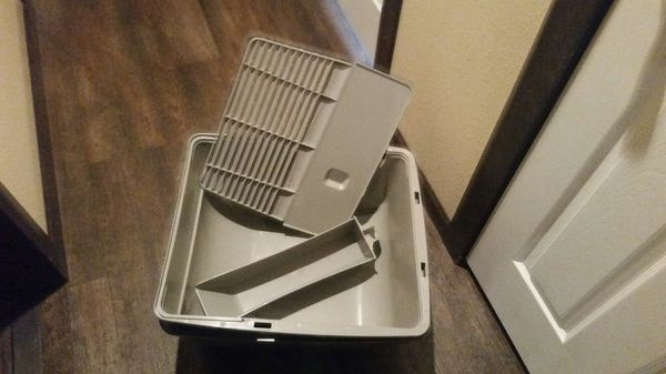 patented grill, scooper, and base of omega self-cleaning litter box