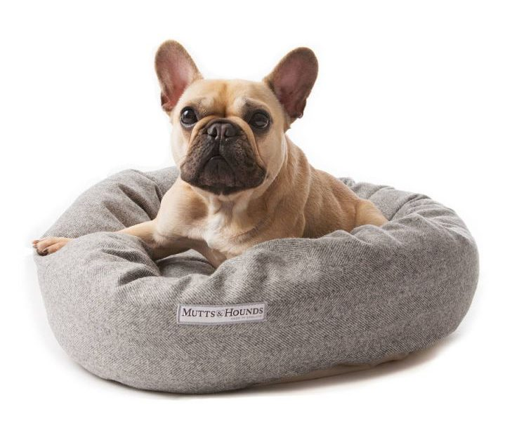 type donut shape dog bed