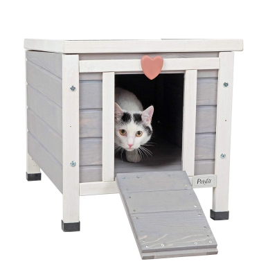 conventional solid wood outdoor cat shelter