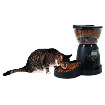 Aspen Pet Programmable cat food machine